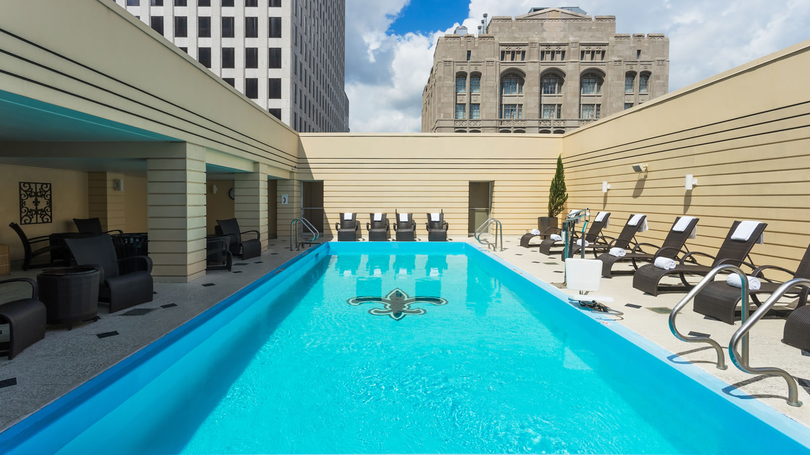 Rooftop pool at New Orleans hotel